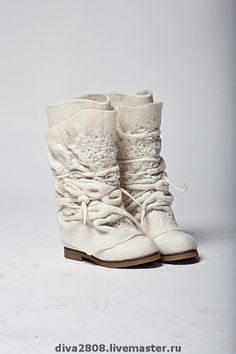 Felt boots - totally love- are they cute or what !!