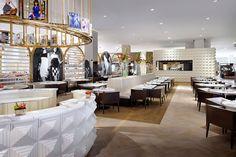 Vogue Café Dubai pertencente a divisão Condé Nast Restaurants