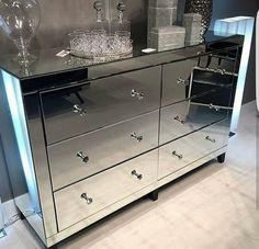 Home Interior Salas .Home Interior Salas Mirrored Furniture, Glass Bedroom Furniture, Mirrored Bedroom Furniture, Home Decor Kitchen, Glass Furniture, Bedroom Decor, Mirror Bedroom Decor, Home Furnishings, Home Decor Furniture