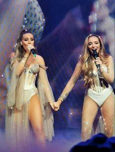 Little Mix Outfits, Little Mix Style, Little Mix Girls, Little Mix Poster, Little Mix Facts, Divas, My Girl, Cool Girl, Little Mix Perrie Edwards
