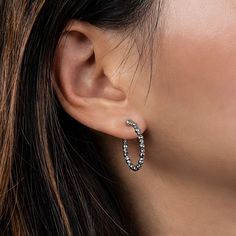 The Limitless Hoops by @platinumbornjewelry are a jewelry lover's dream. Luxury, Earrings, Reflection, Meet, Jewelry, Style, Fashion, Jewellery Making, Moda