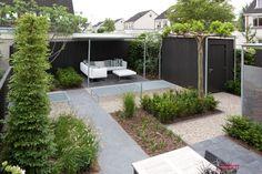 Kleine tuinen | Kleine tuin bij een hoekwoning