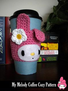 My Melody inspired Coffee Cup Cozy Pattern @ Duin Creations Coffee Cozy Pattern, Crochet Coffee Cozy, Coffee Cup Cozy, Crochet Cozy, Mug Cozy, Crochet Gifts, Crochet Headbands, Crochet Scarfs, Coffee Girl