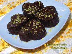 Шоколадно-кокосовые конфеты Любимые конфеты  Что может порадовать нас больше чем любимые конфеты приготовленные своими руками. Рецепт очень прост, но могу Вас уверить такой вкусняшки в магазине не купишь!!! Любители кокосовых сладостей оценят по достоинству Ваши старания)) Ингредиенты:  100 г черного шоколада, 5 г. желатина, 6 ст. л. молока; 80 г. кокосовой стружки.