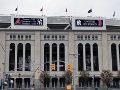 A tribute to Boston at Yankee stadium - again...I love Americans...