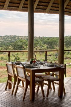 Hotel interior for the Mhondoro Game Lodge by All-In Living. www.allinliving.nl