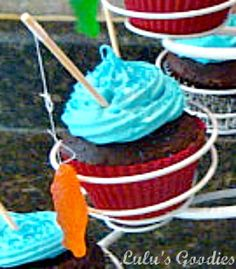 Fishing Cupcakes for a boys birthday Love Cupcakes, Yummy Cupcakes, Birthday Cupcakes, Cupcake Cookies, Birthday Fun, Birthday Ideas, Summer Birthday, Themed Cupcakes, Fishing Cupcakes