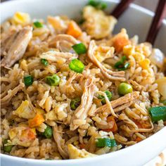 Ditch the takeout tonight and make this BETTER THAN TAKEOUT CHICKEN FRIED RICE!! It gets rave reviews!! RECIPE HERE: http://therecipecritic.com/2014/03/chicken-fried-rice/