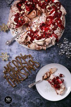 Bezowy wieniec świąteczny, wigilijny-wieniec-bezowy-xmas-pavlova-wreath2
