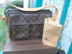 Louis Vuitton Viva Cite Gm Shoulder Bag $750