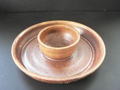 Ceramic serving dish. Great for dips and snacks!