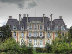 Parc du Château de la Fontaine à Brétigny-sur-Orge - Vue arrière du Château