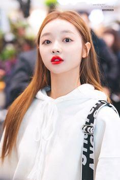Oh My Girl Jiho, Oh My Girl Yooa, Kpop Girl Groups, Korean Girl Groups, Kpop Girls, Kpop Fashion, Korean Fashion, Rapper, Girl Next Door