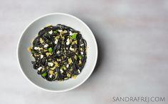 black tagliatelle with herb cream cheese cubes and parmesan chips / czarne tagliatelle z kostką z ziołowego serka kremowego i chrupiącym parmezanem