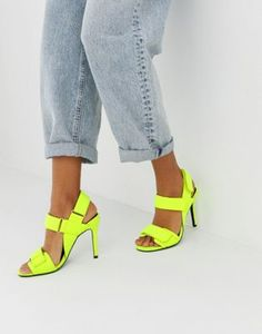 Shop ASOS DESIGN Hazelnut sporty heeled sandals in neon yellow. With a variety of delivery, payment and return options available, shopping with ASOS is easy and secure. Shop with ASOS today. Platform Block Heels, Block Heel Shoes, Asos, Blake Lively, Black Heels, High Heels, Safari, Neon Shoes, Style Sportif