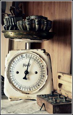 old weight machine - my shabby white home