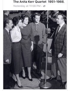 Jim Reeves far right with the popular Anita Kerr Singers whom also backed Patsy Cline on her 4-Star Recordings and Connie Francis among many other big artists in the industry..