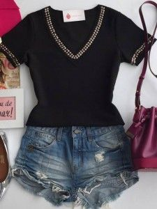 looks makeup ideas james charles - Makeup Ideas Shirt Makeover, Summer Shorts Outfits, Casual Outfits, Custom Clothes, Diy Clothes, Casual Chic, T Shirt Remake, T Shirt Reconstruction, Diy Fashion
