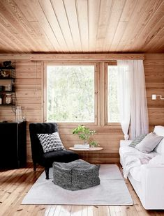 Tiny House Living, Living Room, Bungalow, Lake Cabins, Sweet Home, Cottage, House Design, Interior Design, Home Decor