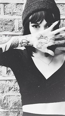 hannah snowdon: the shears would never actually work on my profession. We hairstylists wash our hands a lot..