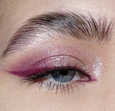 Makeup Eye Looks, Eye Makeup Art, Cute Makeup, Pretty Makeup, Skin Makeup, Eyeshadow Makeup, Glitter Eyeshadow, Soft Eye Makeup, Cheap Makeup