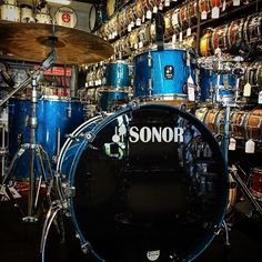 This beautiful @sonordrumco Prolite Kit in blue sparkle is one of a few Prolite kits we just got in on blowout! Call us for more info! #drums #drum #drumset #beautiful #blowout #drumporn #blue #spakle #drummer #drumming #sonor #prolite by drumcenternh