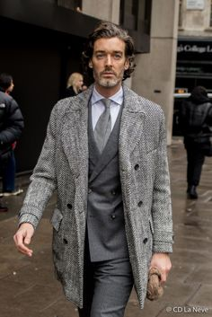 London et Paris London Fashion Week Mens, Mens Fashion, Cool Street Fashion, Street Style, Modern Gentleman, Best Wear, Menswear, Aw17, Men's Style