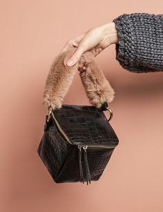 ++leather cube w fluffy handle
