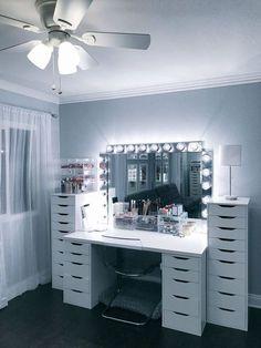 home vanity makeup * home van . home vanity ideas . home vanity . home vanity makeup . home vanity diy Sala Glam, Rangement Makeup, Ikea Table, Vanity Room, Vanity Mirrors, Ikea Mirror, Dresser Mirror, Storage Mirror, Diy Mirror