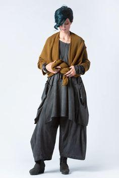 Bolzano Tunic in Grey Stonewash Tokyo | KALIYANA.COM Rolled Hem, Online Sales, Eclectic Style, Issey Miyake, Tokyo, Size 10, Normcore, Tunic, Comfy