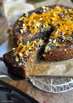 orange polenta cake with syrup / pomarańczowe ciasto z polentą, migdałami i sosem pomarańczowym