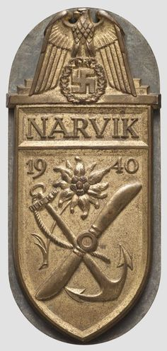 Narvikschild - goldene Marineausführung Military Insignia, Military Personnel, Military Awards, Historical Pictures, Plaque, World War Two, Badges, Wwii, Germany