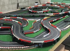 Check out these awesome slot track layouts from our customers. Slot Car Race Track, Ho Slot Cars, Slot Car Racing, Slot Car Tracks, Go Kart Tracks, City Model, Small World, Courses, Model Trains