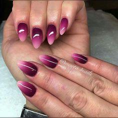 gorgeous magenta ombré nails 😍 Ombre Nail Designs, Cute Nail Designs, Nail Art Vernis, Magenta Nails, Gradient Nails, Split Nails, Manicure E Pedicure, Dipped Nails, Beautiful Nail Designs