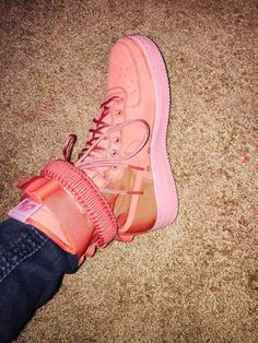28 Comfy Shoes That Will Make You Look Fantastic shoes womenshoes footwear shoestrends 630574385312298183 Adidas Sl 72, Adidas Nmd, Adidas Samba, Pretty Shoes, Cute Shoes, Me Too Shoes, Cute Sneakers, Shoes Sneakers, Shoes Heels