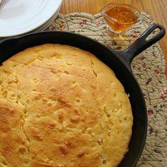 Savoir Faire: Simplemente pan de maíz Biscuit Bread, Pan Bread, Japanese Cheesecake Recipes, Pepperoni Rolls, Deli Food, Pan Dulce, Poke Cakes, Bread Machine Recipes, Breakfast Dessert