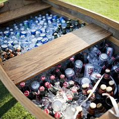25 Creative Drink Station Ideas for Your Party Mammoth Boat Drink Station. Rent a vintage boat and fill it with tons of ice and beverages to serve your guests for a gorgeous reception. This is also perfect for a rustic drink station design. Sangria Bar, Southern Weddings, Real Weddings, Outdoor Weddings, Vintage Weddings, Outdoor Events, Country Weddings, Outdoor Spaces, Wedding Events