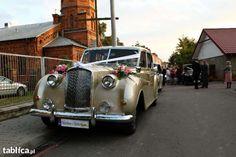 Witam proponuję wynajem do wszelkich uroczystości, legendę brytyjskiej motoryzacji marki Austin Princess, wyjątkową limuzynę z lat 60-tych więcej info na telefon auto posiada siedem miejsc wraz z kier...