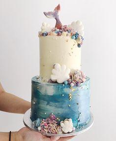 185 vind-ik-leuks, 5 reacties - Sarah's Loft (@sarahsloft) op Instagram: 'Our Mermaid Cake in View: 100%'