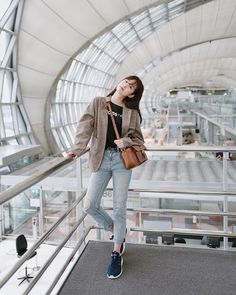 Popular College Fashion Trends to Keep You Looking Cute Korean Girl Fashion, Korean Fashion Trends, Korean Street Fashion, Ulzzang Fashion, Korea Fashion, Tokyo Fashion, Asian Fashion, Korean Spring Outfits, Korean Casual Outfits
