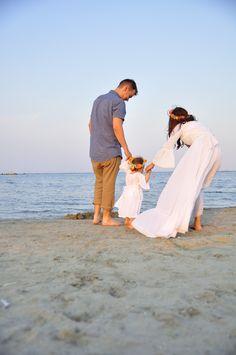 echilibru Emo, Couple Photos, Couples, Couple Shots, Emo Style, Couple Photography, Couple, Couple Pictures