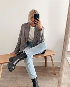 Spring Outfits Classy, Spring Outfits Women, Cute Casual Outfits, Chic Outfits, Mode Simple, Minimalist Fashion Women, Look Girl, Retro Outfits, Streetwear Fashion