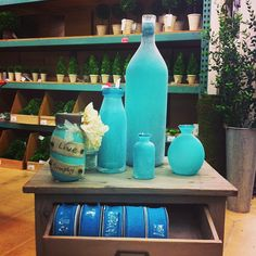 For all the teal color lovers. #teal #decor #sping