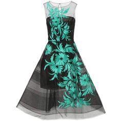 Oscar de la Renta Embroidered Tulle Dress (222,460 INR) ❤ liked on Polyvore featuring dresses, black, kohl dresses, black tulle dress, embroidered dress, tulle dress and embroidered tulle dress