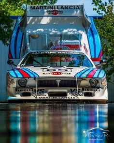 image The Effective Pictures We Offer You About Racing Cars dirt track A quality picture can tell yo Ford Mustang Shelby Gt500, Sports Car Racing, Sport Cars, Gt Cars, Race Cars, Porsche Cayman 987, F1 Posters, Dream Cars, Auto Girls