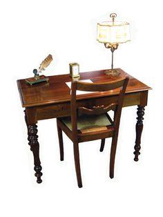 Tavolino Scrittoio con Cassetti - Epoca: Secolo XIX