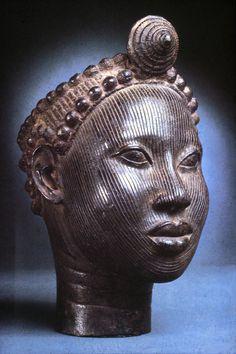 "Nigeria; Yoruba (Ife) peoples Head of an Oni Brass H. 24 cm (9 7/16"") National Museum, Lagos, Nigeria, 19 (79.R.11) Photo by Dirk Bakker"