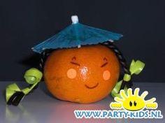 Chinese mandarijntjes 1 - Traktatie snoep, Traktaties - En nog veel meer traktaties, spelletjes, uitnodigingen en versieringen voor je verjaardag of kinderfeest op Party-Kids.nl