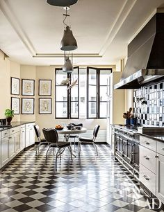 Step Inside Linda Pinto's Luxurious Parisian Apartment Photos | Architectural Digest
