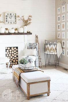 Farmhouse style fall decor and decorating ideas for your living room. Fall Mantel Decor. Fixer upper style decor